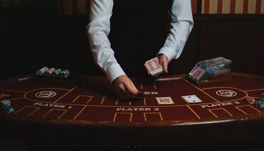 投稿画像 カジノのカードゲームとBJ - カジノのカードゲームとBJ